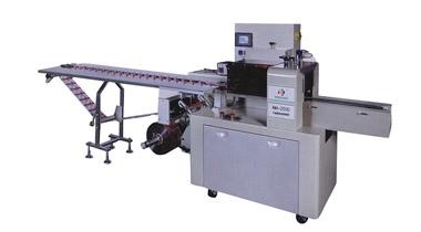 枕式包装机厂家在固态,颗粒,散状产品上的包装应用更广泛